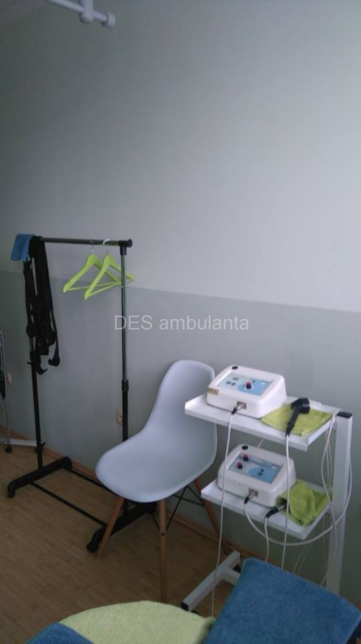 DES Ambulanta - Aparat za elektroterapiju